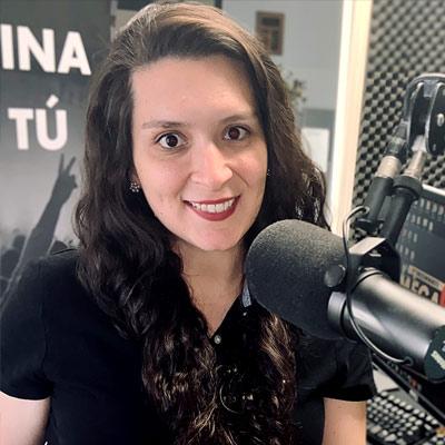 DJ: Andrea Zavala